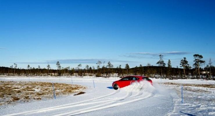 Test zimskih pnevmatik TestWorld 2014